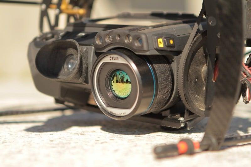 Caméra Thermique Flir T640 bx embarquée sur le drone octocopter