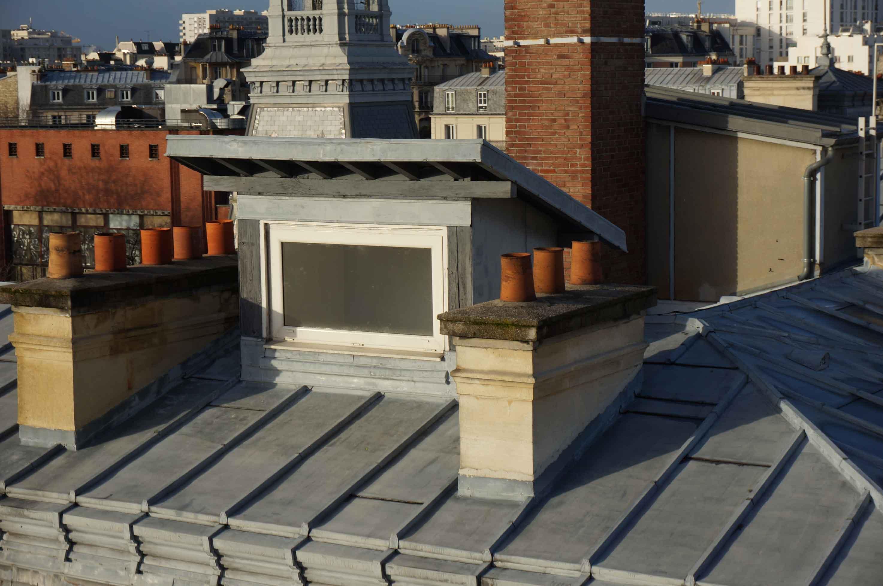 Inspection par drone mairie du 14e toit