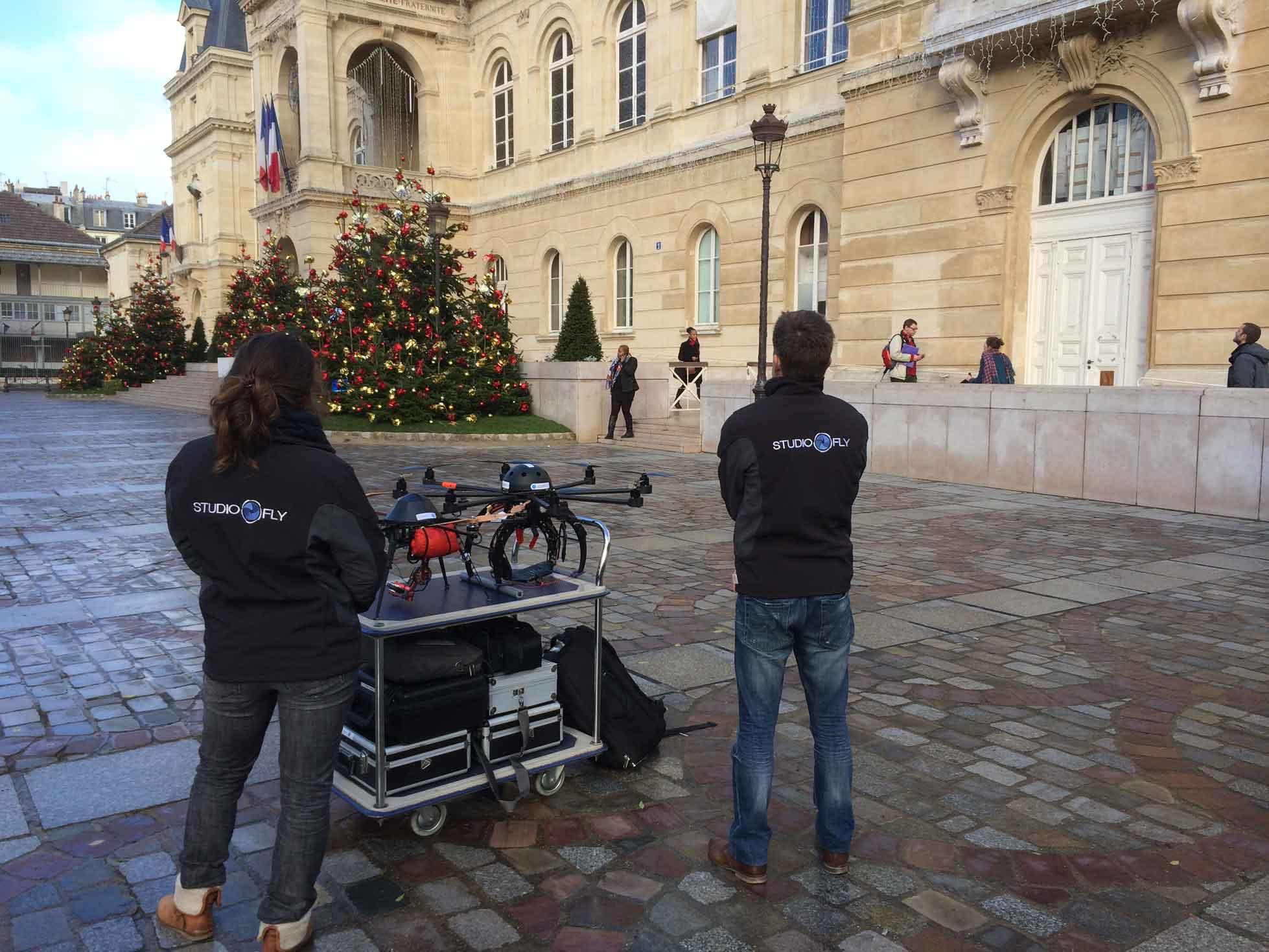 Equipe + drone Mairie du 14ème Paris
