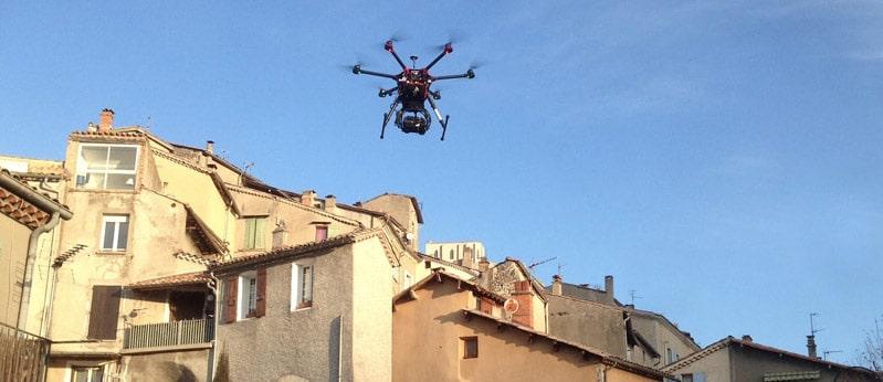 Drone pour la réalisation du thermogramme qui servira à l'étude du plan de renouvellement énergétique de la ville de Sisteron