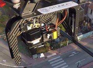 Drone avec caméra thermique en vol